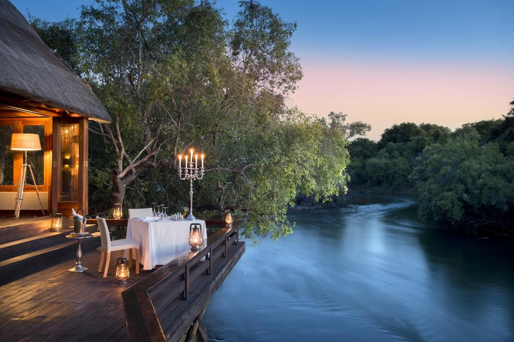 Private Dining at Island Lodge
