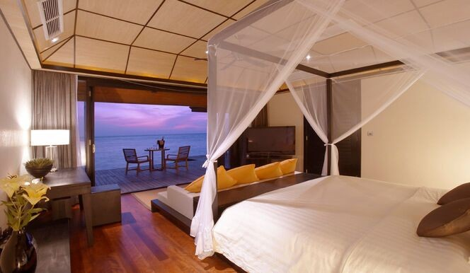 Sunset Water Suite Bedroom