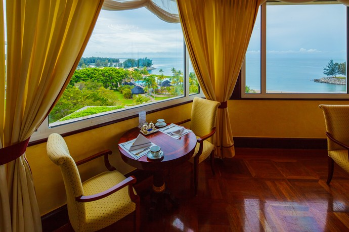 Breakfast with a view at the Empire Hotel Brunei Borneo